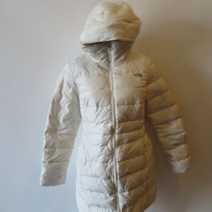 NWT WOMENS NORTHFACE IVORY PUFFER COAT WITH HOOD M